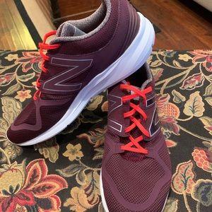 NWOB Men's New Balance Vazee Coast Size 12 Shoes